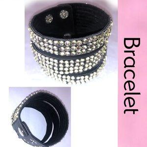 Bracelet Black Leather Clear Stones